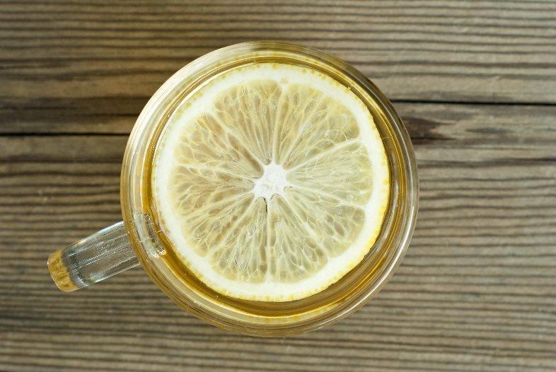 Дети, пейте воду с лимоном, будете здоровы!