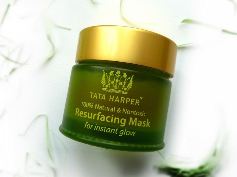 Мой отзыв: маска для лица Tata Harper Resurfacing Mask