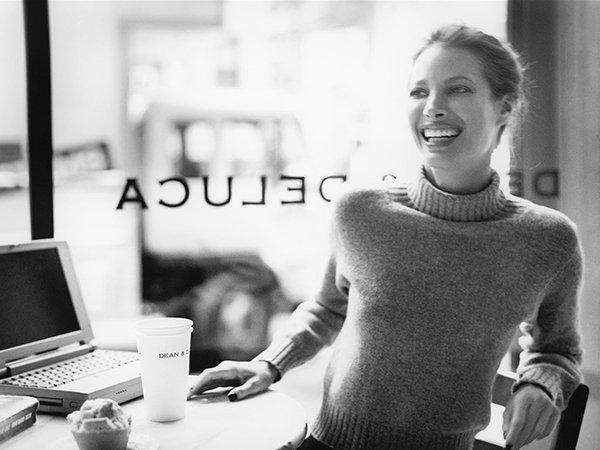 Натуральный шопинг: семь причин покупать косметику онлайн